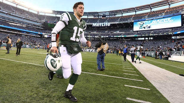 NY Daily News calls for Tim Tebow to return to Jets