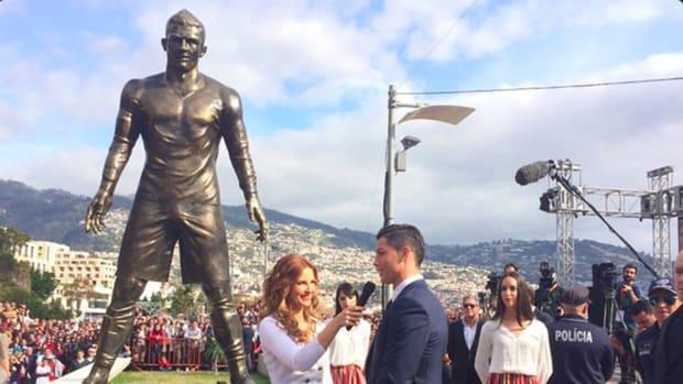Cristiano Ronaldo statue erected in hometown