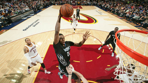 Andrew Wiggins scores 27 in first game against Cavavliers IMAGE