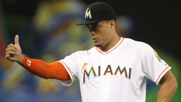 giancarlo-stanton-contract