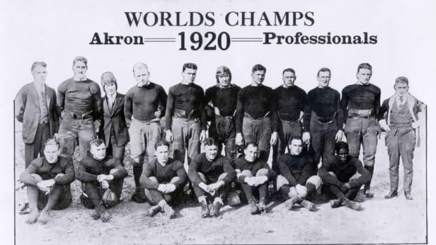 akron-pros-1920.jpg