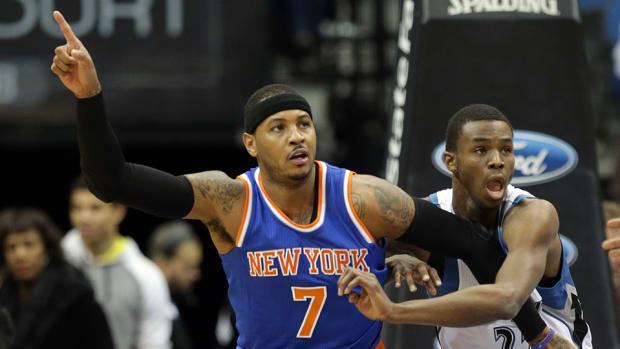 Carmelo Anthony Knicks post up