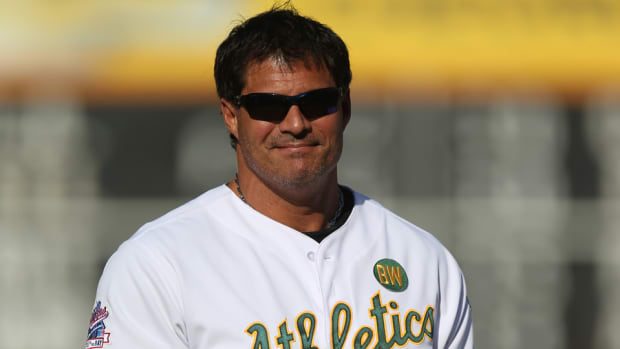 Jose Canseco finger fell off playing poker twitter