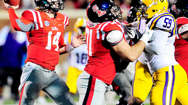 bo-wallace-ole-miss-lsu-odds-lines-point-spreads.jpg
