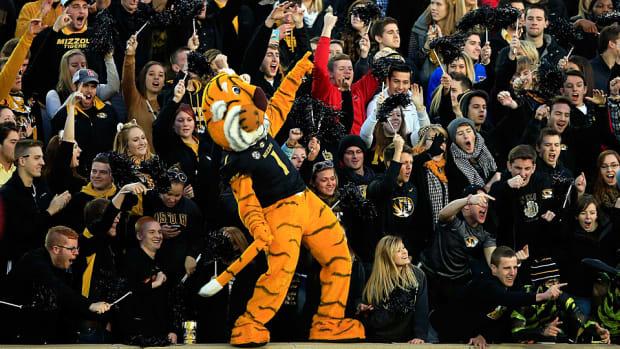 tiger dance