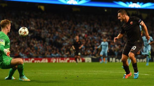Francesco Totti goal manchester City