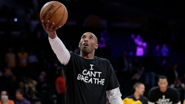 Kobe Bryant, Lakers, wear 'I Can't Breathe' shirts IMAGE