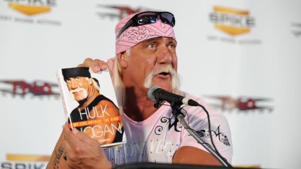 Hulk Hogan book presser