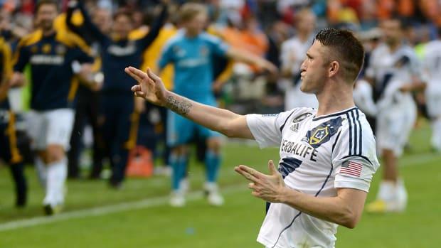 Robbie Keane wins 2014 MLS MVP IMAGE
