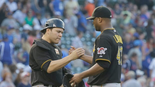 pittsburgh pirates russell martin francisco liriano qualifying offer