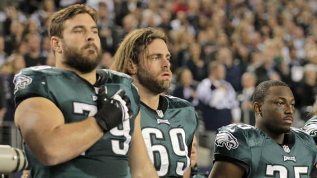 Eagles' Evan Mathis and Todd Herremans