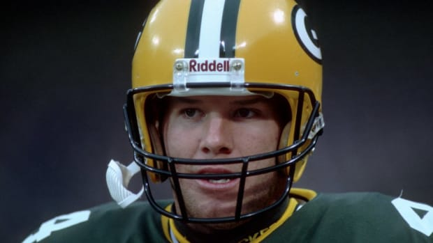 Brett Favre was not the the first choice for There's Something About Mary