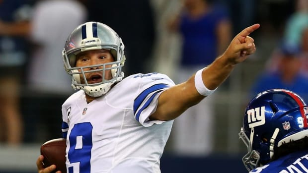 Dallas Cowboys Tony Romo mike linebacker new york Giants