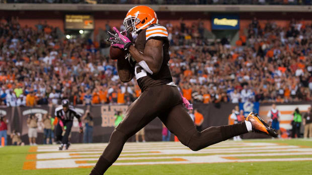 Browns' WR Josh Gordon suspended for violating team rules  - image