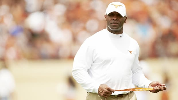 charlie-strong-texas-players-dismissed.jpg