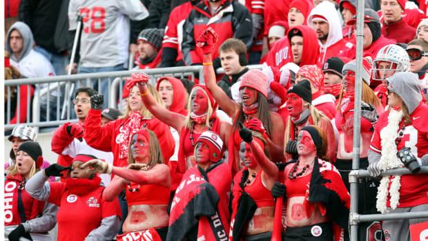 ohio-state-fans-ohio-stadium