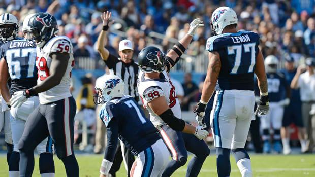 J.J. Watt's selfie sack celebration meant to mock Titans QB Zach Mettenberger IMAGE