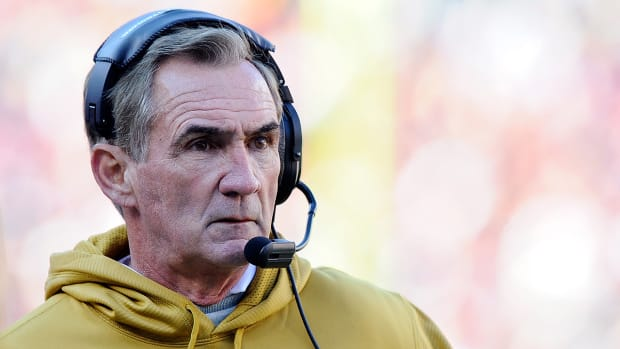 Report: Mike Shanahan interested in coaching Michigan or Florida - image