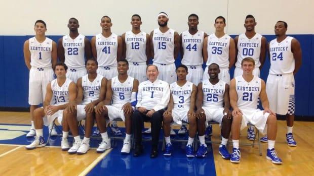 Kentucky unveils new home uniforms