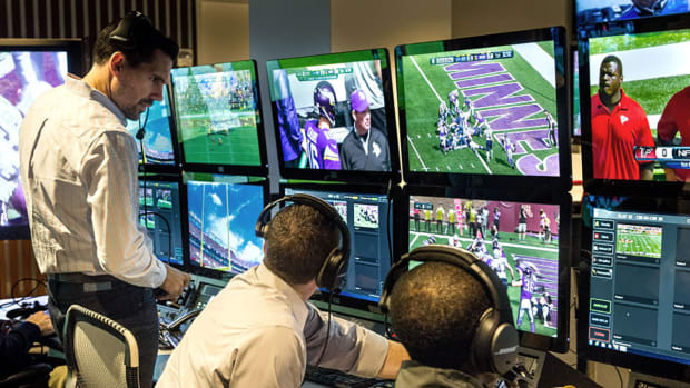 Inside the NFL's Replay Command Center IMG