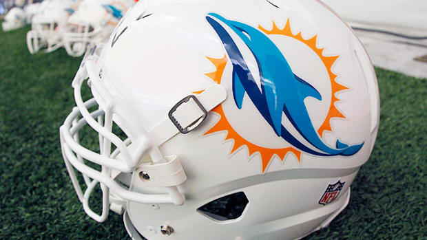 miami-dolphins-scout-wrongful-termination-lawsuit.jpg