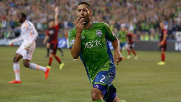 Clint-Dempsey-Seattle-Goal