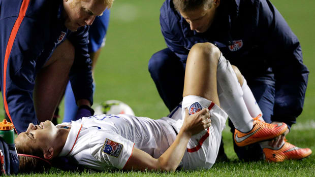 2157889318001_3847199824001_Alex-Morgan-out-with-sprained-ankle.jpg
