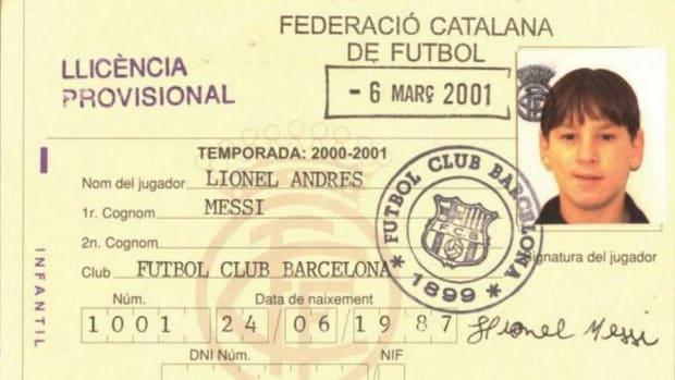 Barcelona tweets 13 year old Lionel Messi's travel visa