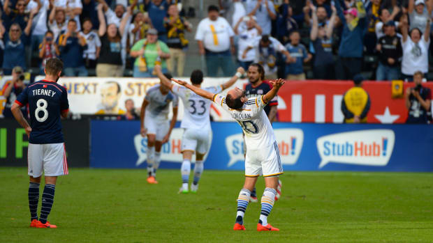 landon-donovan-mls-cup-shout