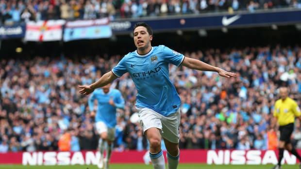 Samir Nasri signs Manchester City
