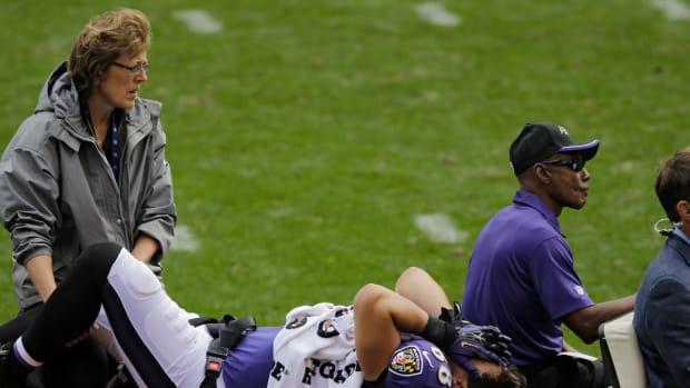 baltimore ravens dennis pitta hip injury