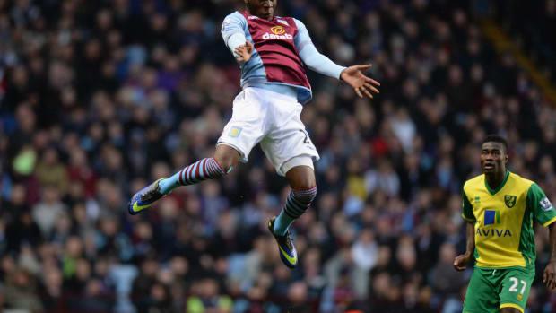 Christian Benteke Aston Villa back training