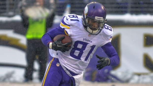 Vikings release wide receiver Jerome Simpson