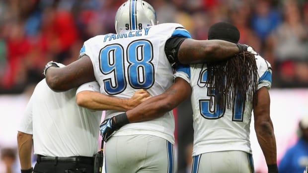 nick-fairley-detroit-lions-injury.jpg