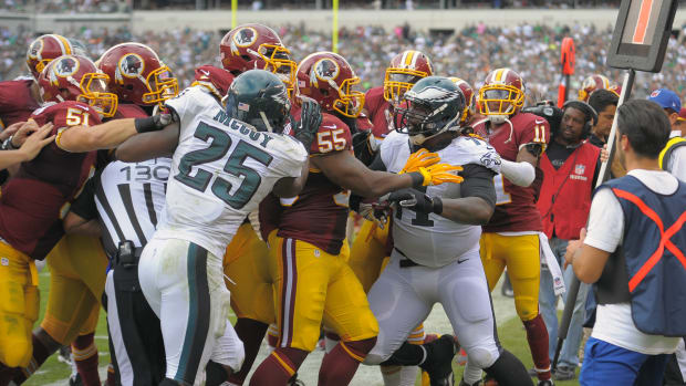 Jason Peters Eagles Redskins fight