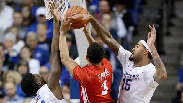 Kentucky Wildcats Defense IMG