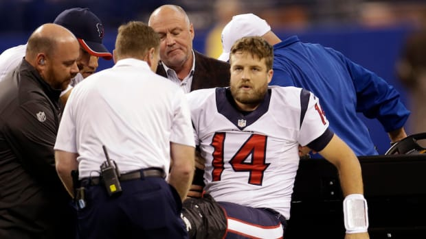 Ryan Fitzpatrick carted off field
