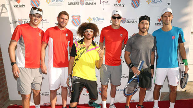 redfoo-tennis-djokovic.jpg