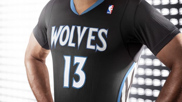 timberwolves-black-sleeved-jerseys.jpg