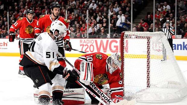 ducks-blackhawks.jpg