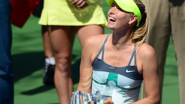 sharapova-wins-bnp-indian-wells-wozniacki.jpg
