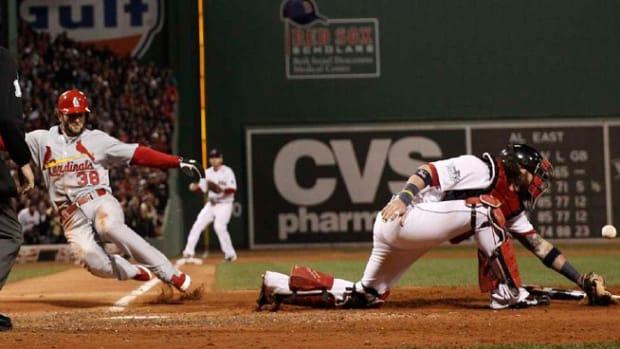 131025014252-pete-kozma-run-score-seventh-inning-cardinals-red-sox-game-2-single-image-cut.jpg