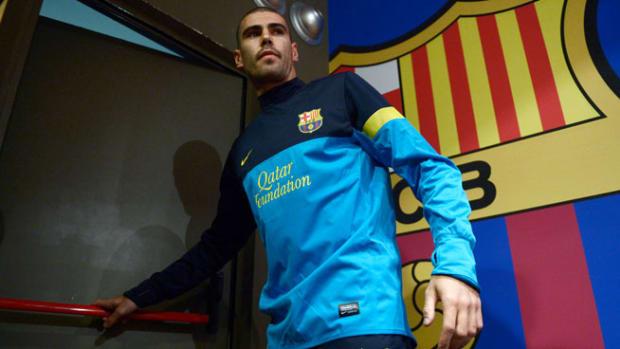 130613193024-victor-valdes-barcelona-contract-single-image-cut.jpg