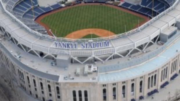 yankee-stadium-nhl.jpg