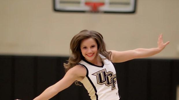ashley-cheerleader-600.jpg