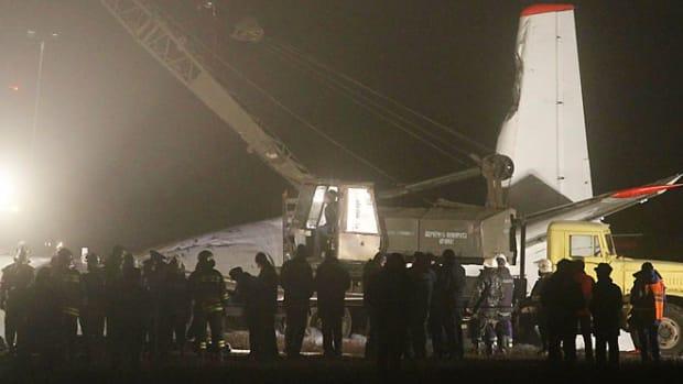 130213160454-ukraine-plane-crash-single-image-cut.jpg