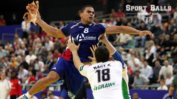 sportsballs_thrower_600.jpg