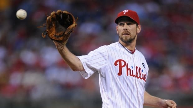 cliff-lee-scratched-phillies.jpg