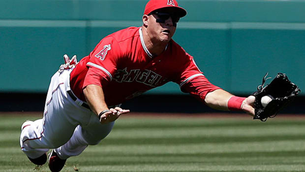 mike-trout-ap2.jpg