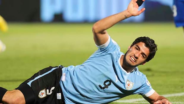 130509094301-luis-suarez-single-image-cut.jpg